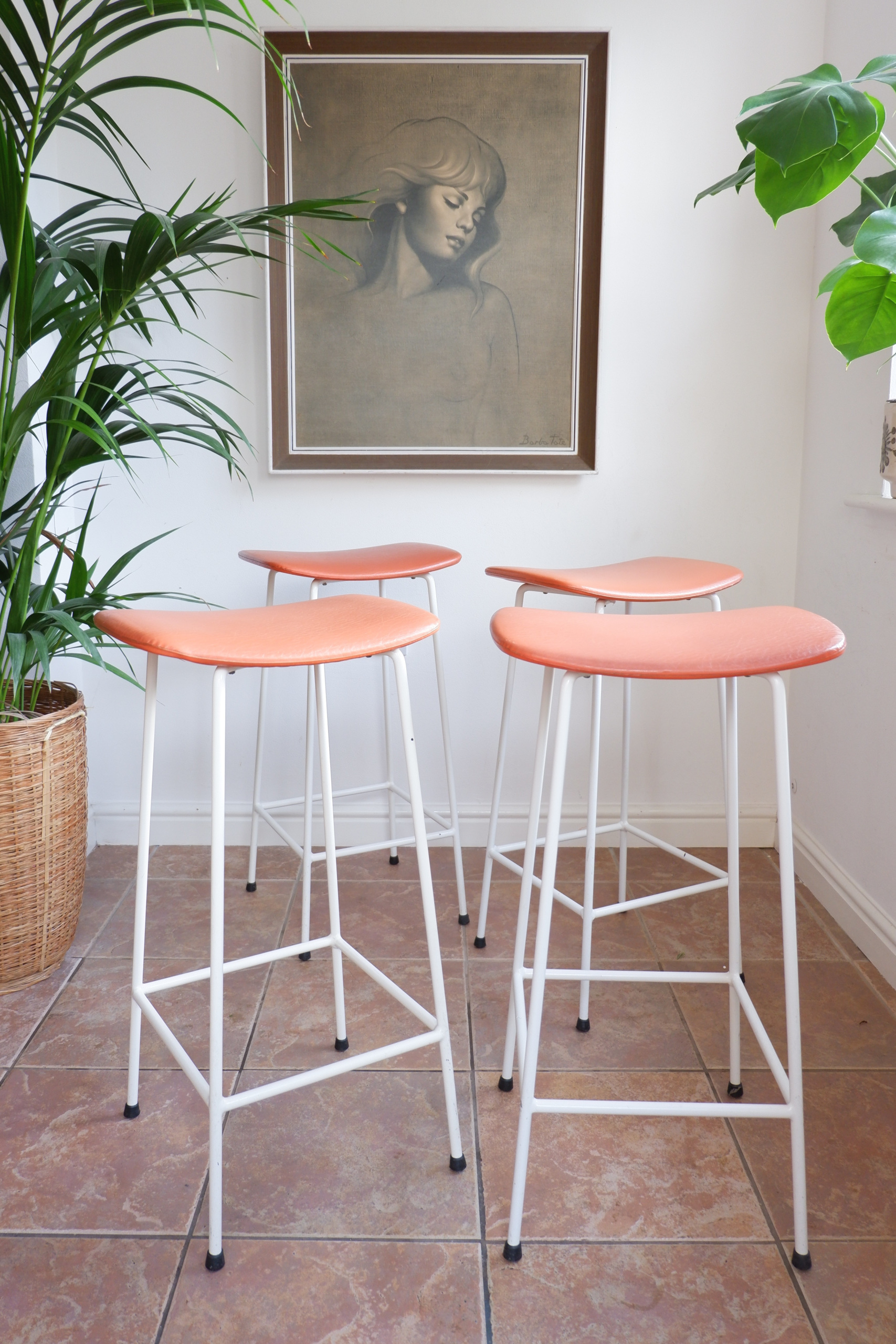 Sensational Set Of 4 Orange Mid Century Kandya Bar Stools Frank Guille Caraccident5 Cool Chair Designs And Ideas Caraccident5Info
